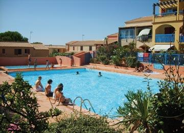 appartements avec piscine location vacances gruissan