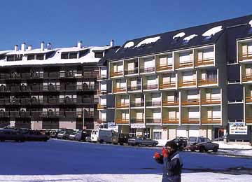 Les residences pla d 39 adet location vacances saint lary - Les jardins de balnea lagrange loudenvielle ...