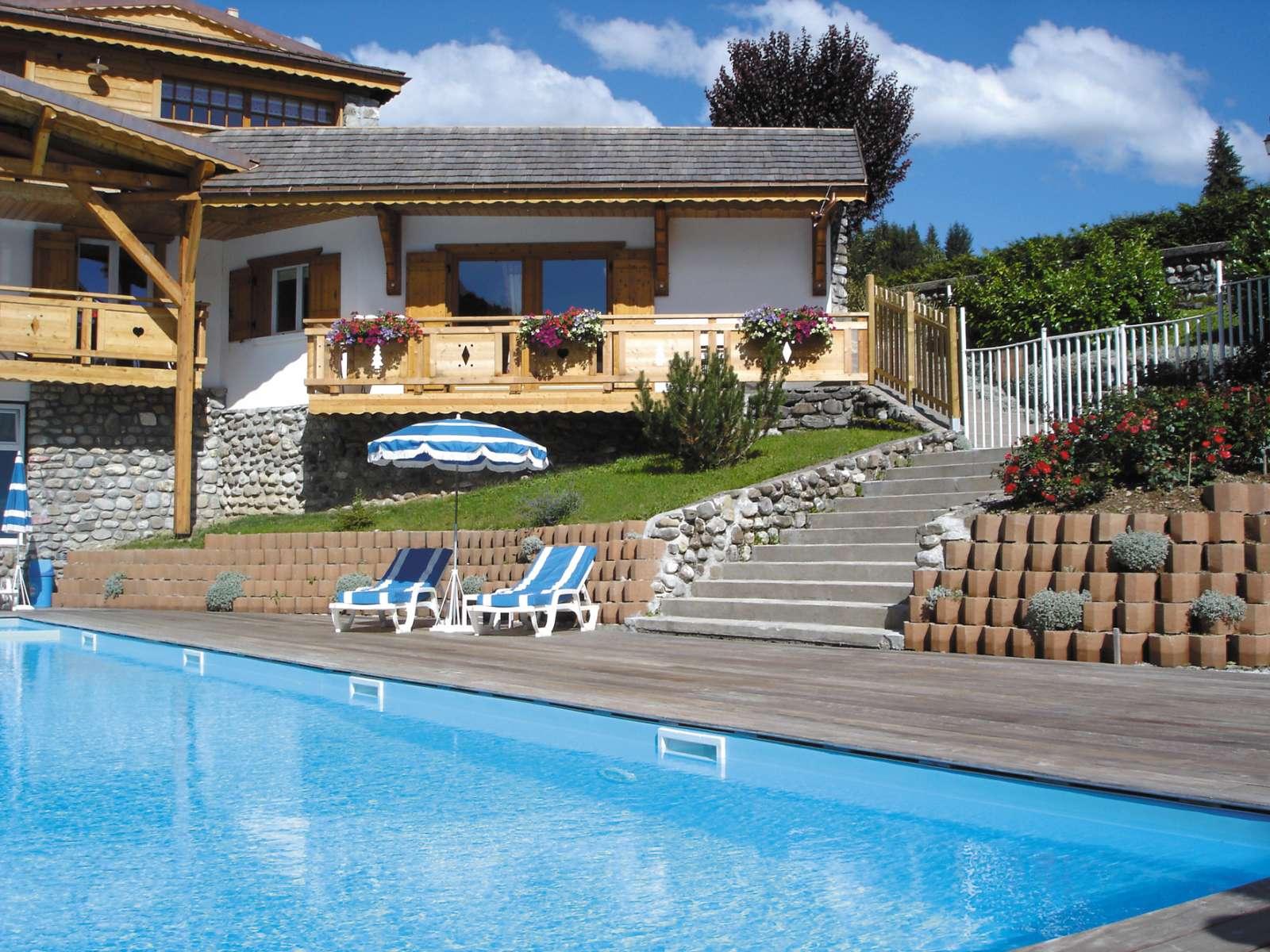 R sidence le sabaudia location vacances les gets lagrange for Piscine les gets