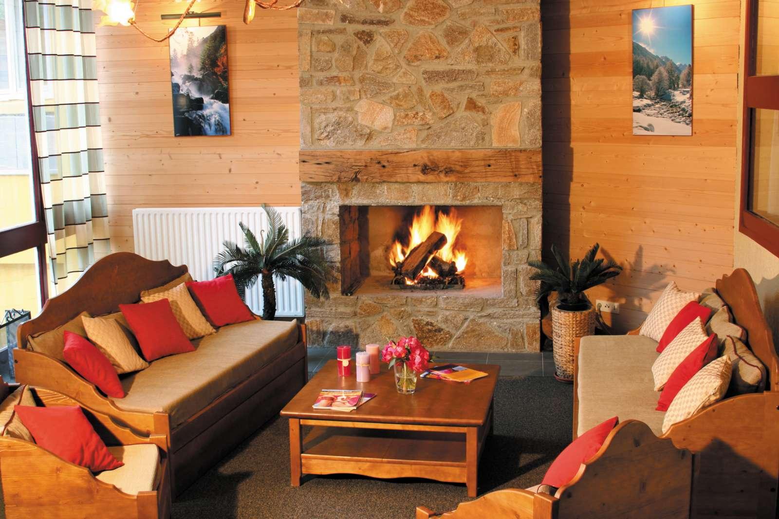 France - Pyrénées - Cauterets - Résidence Lagrange Vacances Le Domaine des 100 Lacs