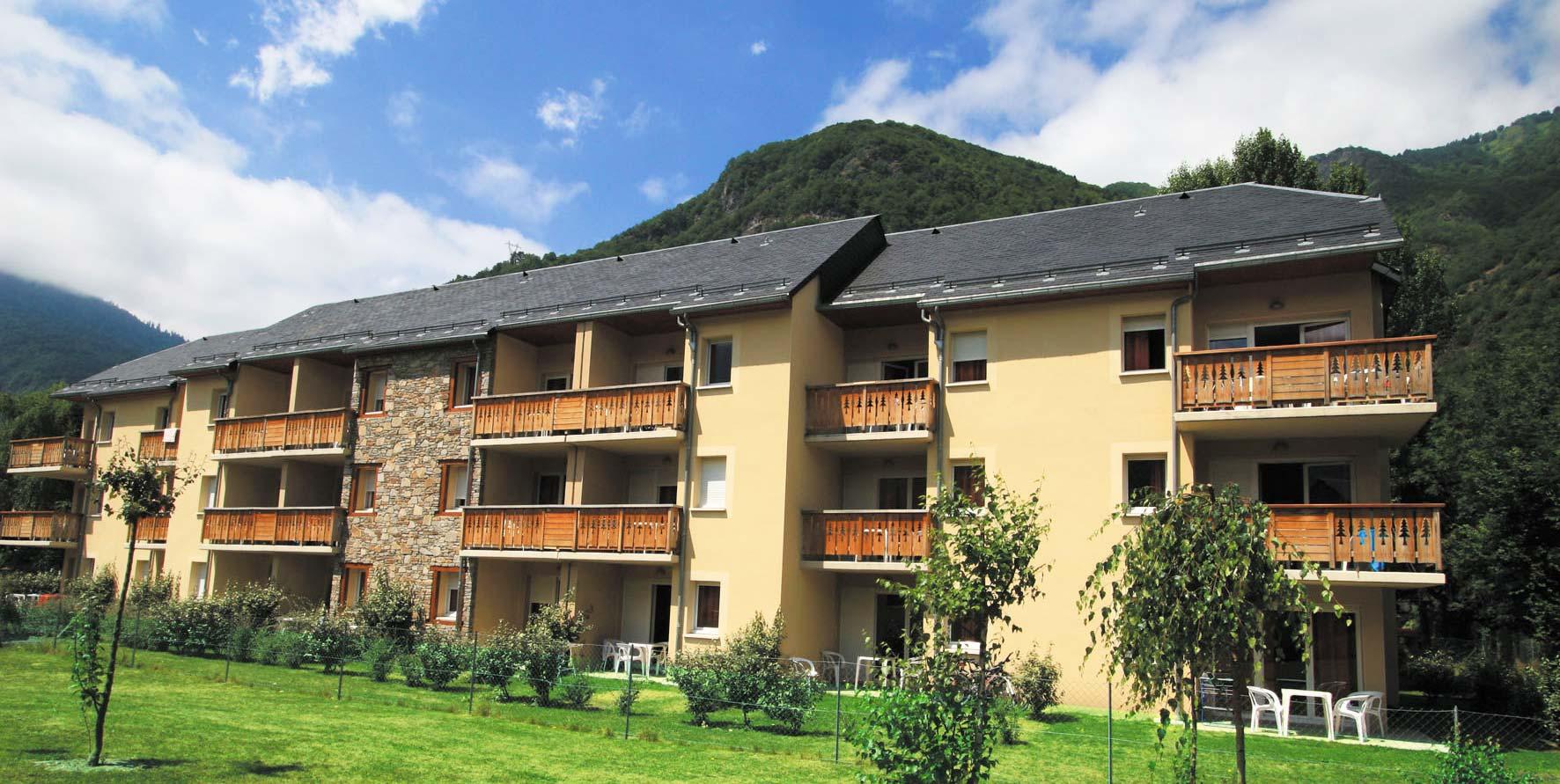 France - Pyrénées - Luchon - Résidence Lagrange Vacances Les Pics d'Aran